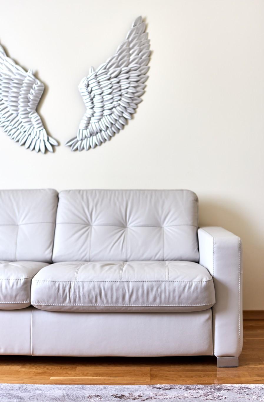 ^ Wings ^